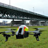 Parrot AR.Drone 2.0: Fliegende Kamera mit App- Steuerung